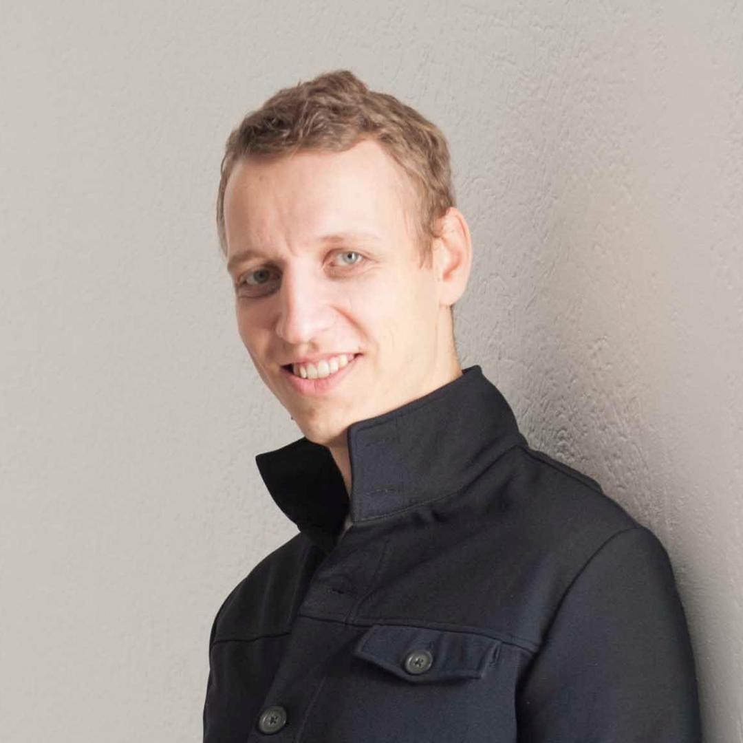Speaker - Matthias Tausch